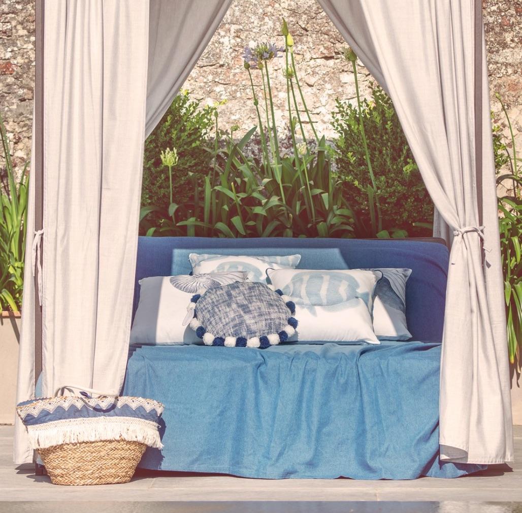 Blanc MariClo' - tessile blue e bianco - Cuscini serie Salina, copritutto serie Denim - Blog
