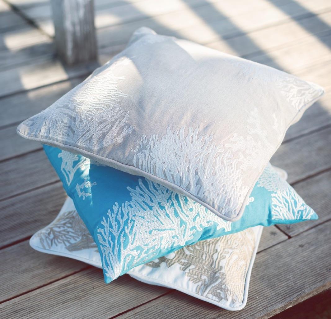 Blanc MariClo' - tessile blue e bianco - Cuscini serie Corallo - Blog