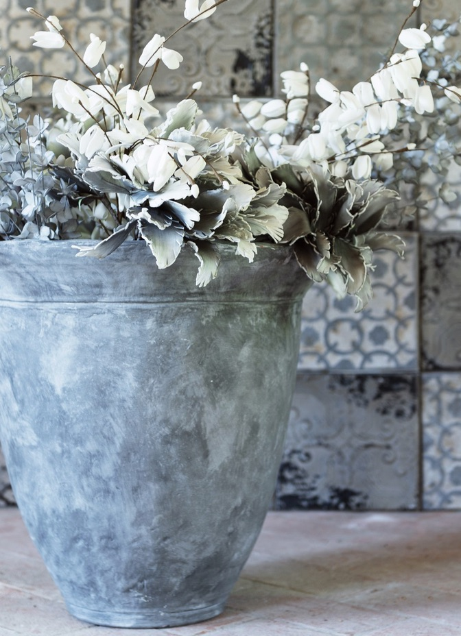 Blanc MariClo' - esterno shabby chic - Vaso collezione Terra cruda - Blog