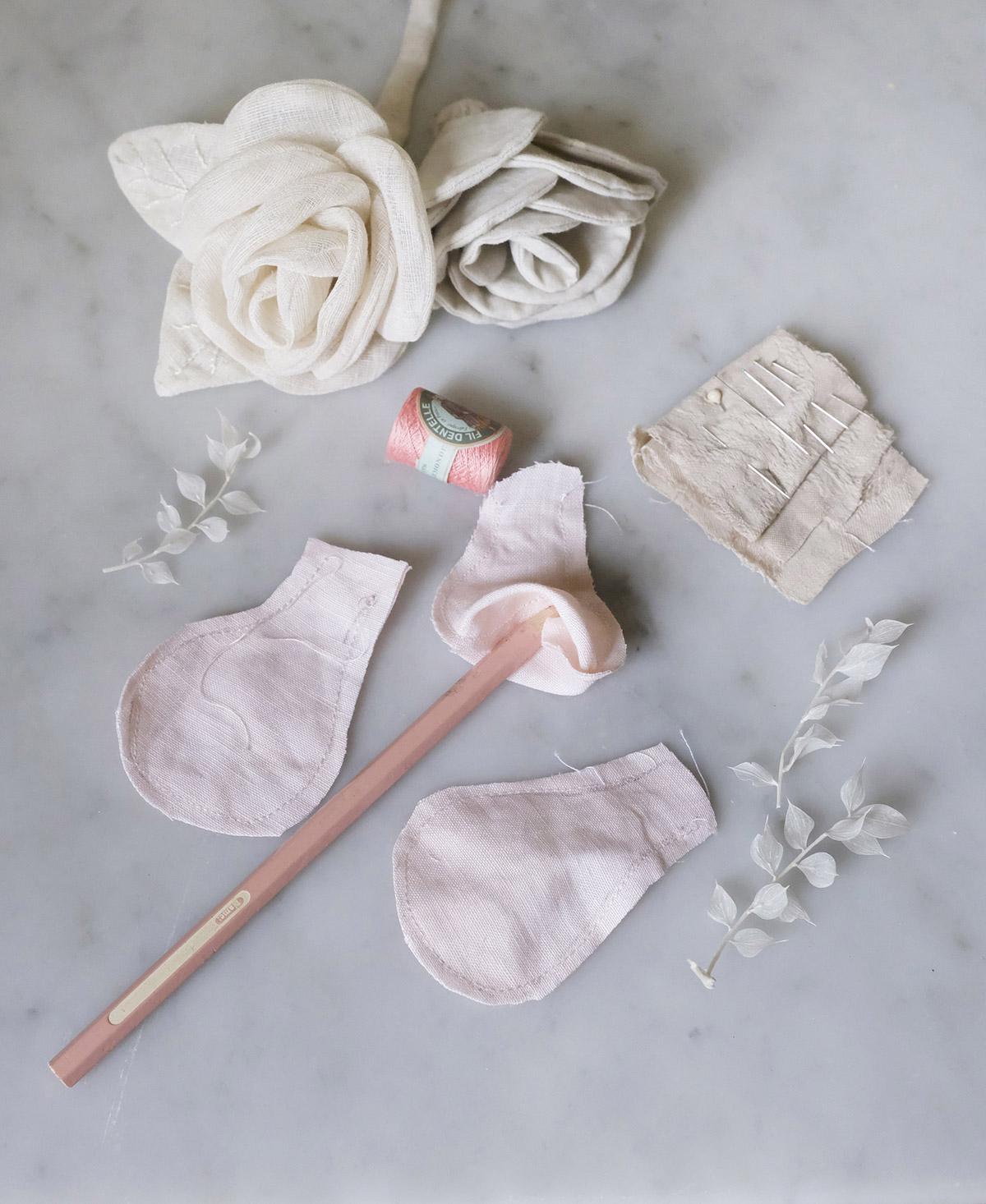 Tutorial Blanc MariClo' - Sbocciano le rose - step 3